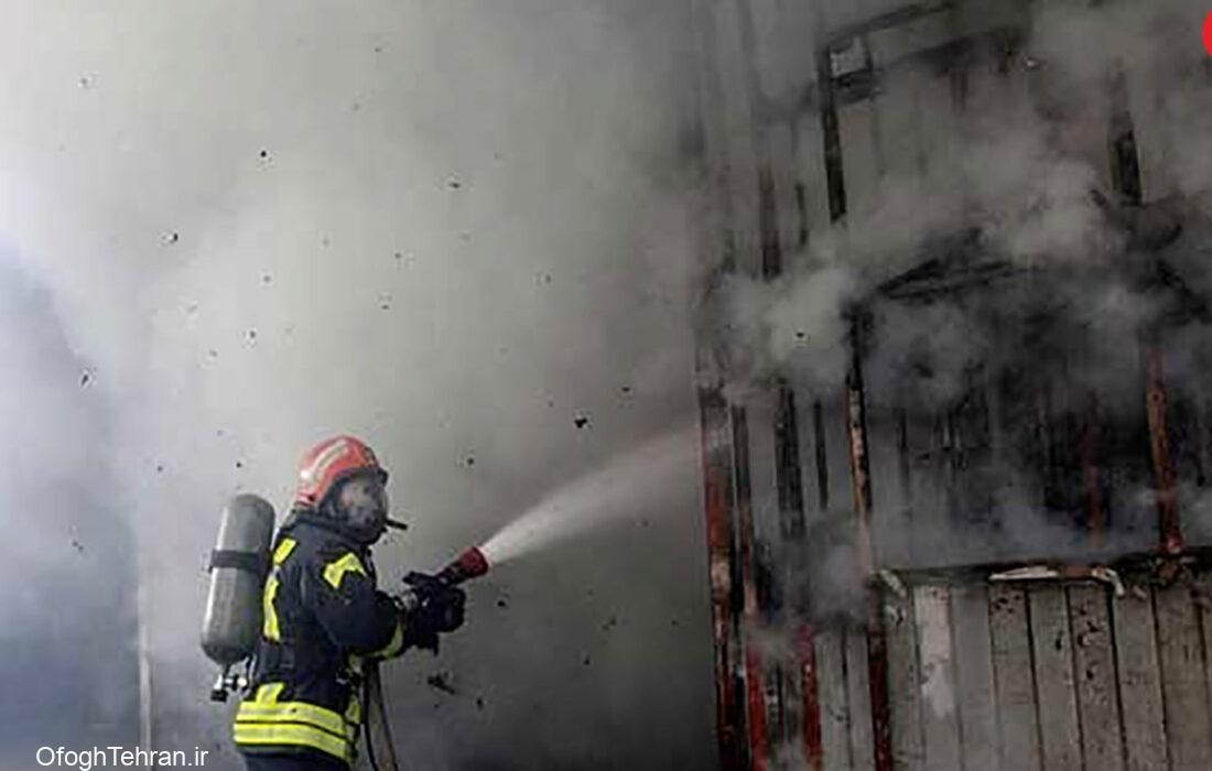 آتشسوزی گسترده یک ساختمان در خیابان سعدی