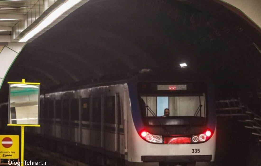 شلوغی ایستگاههای مترو در نخستین روز تعطیلی تهران
